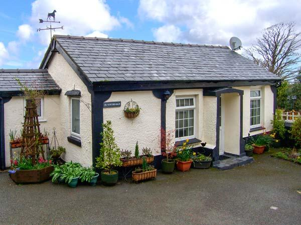 TY NEWYDD BACH, pet friendly, country holiday cottage, with a garden in Pentir, Ref 1750 - Image 1 - Pentir - rentals
