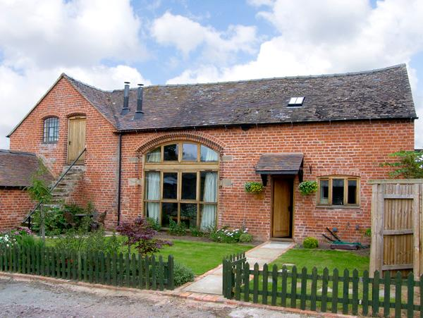 THE COACH HOUSE, family friendly, country holiday cottage, with open fire in Great Lyth, Ref 2601 - Image 1 - Great Lyth - rentals