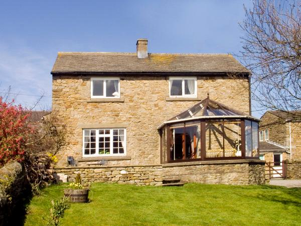 ORCHARD COTTAGE, pet friendly, character holiday cottage, with a garden in Carlton-In-Coverdale, Ref 1737 - Image 1 - Carlton - rentals