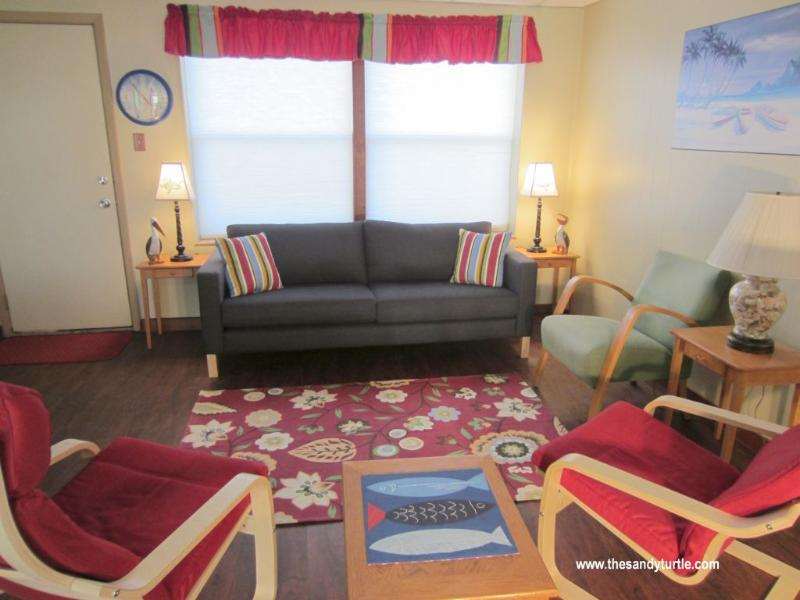 Main Room 2014 - The Sandy Turtle, with Spring Break Special Price - Port Aransas - rentals
