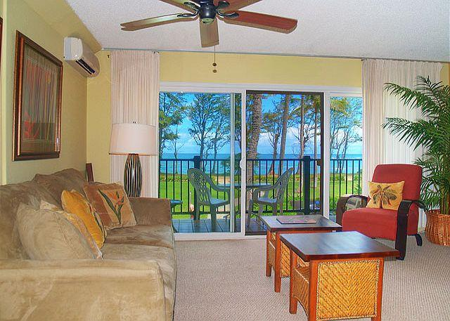 Pono Kai G204: Beach front, air-conditioned, bargain!!! - Image 1 - Kapaa - rentals