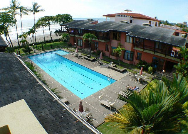 Largest beachfron pool in Jaco - Oceanview Beachfront Penthouse Condo, Large Patio, King+Queen bed, Best Value - Jaco - rentals