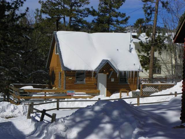A Honeymooner's Hideaway - Image 1 - Big Bear Lake - rentals
