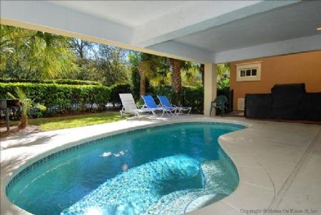 Pool - 17 Corine Lane - Hilton Head - rentals