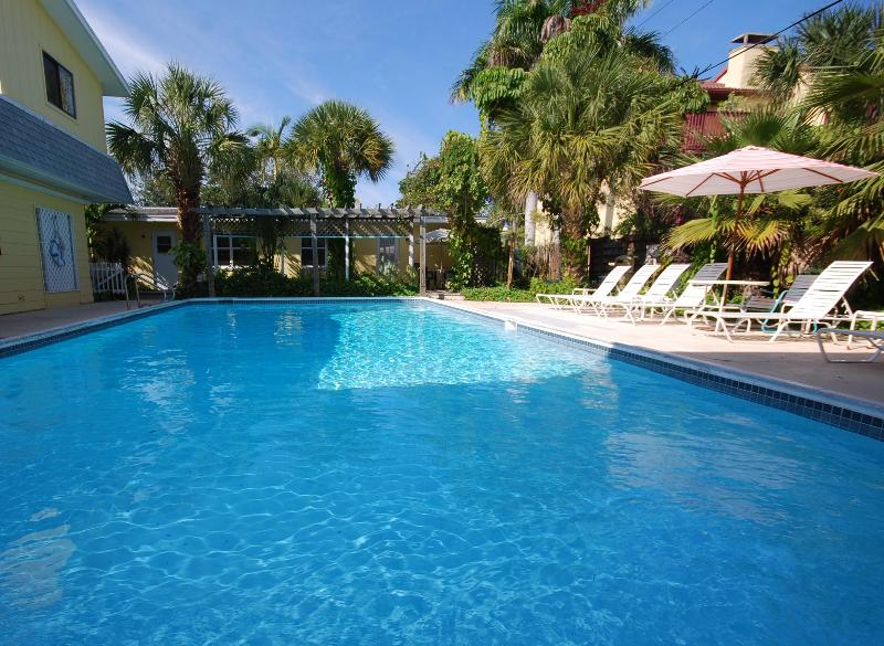 Beachside Villas heated pool - Siesta Key Vacation Rentals/Banana Bay Club Resort - Siesta Key - rentals