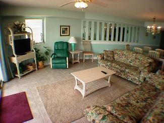 LIVING ROOM - OCEAN BAY CLUB #101 - North Myrtle Beach - rentals