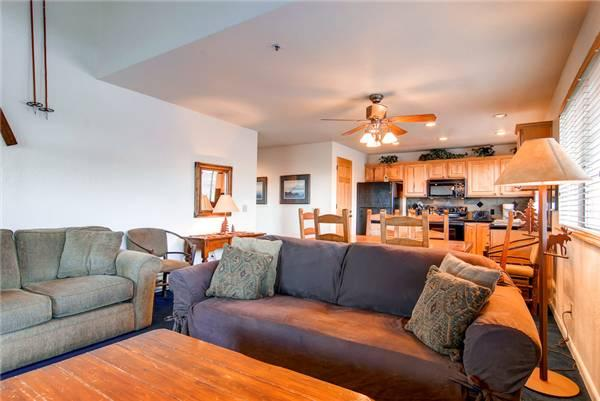 LOFT AT MOUNTAIN VLG 32: Ski in/out! - Image 1 - Park City - rentals