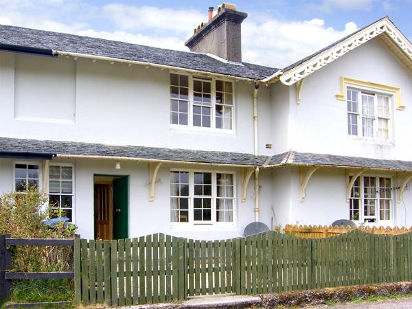 5 LARACHBEG, pet friendly, country holiday cottage, with a garden in Lochaline, Ref 2985 - Image 1 - Oban - rentals