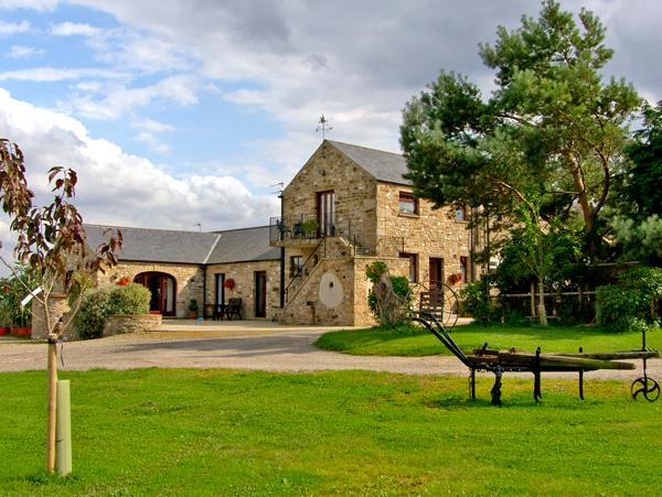 MILLSTONES, romantic, country holiday cottage in Gilling West Near Richmond, Ref 2372 - Image 1 - Gilling West - rentals
