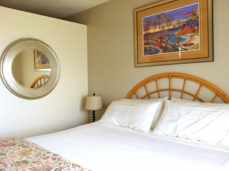 Serene master bedroom in Ocean Retreat. - DISCOVER Ocean Kaleidoscope Villa - Tropical Zen - East End - rentals