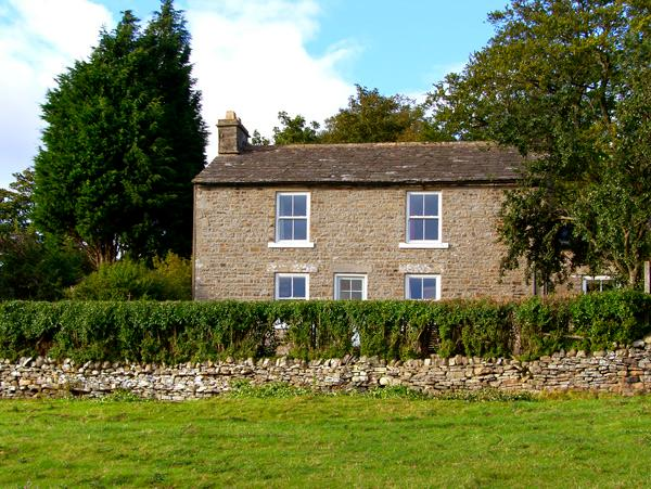 WEST HOUSE, family friendly, character holiday cottage, with a garden in Middleton-In-Teesdale, Ref 2040 - Image 1 - Middleton in Teesdale - rentals