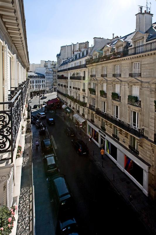 Expansive views down the Rue des Pères - FREE NT! Luxury Pied-a-Terre in the Left Bank! - Clichy - rentals