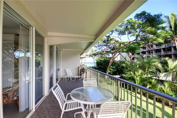Lahaina 1 Bedroom & 2 Bathroom House (Whaler #224 (1/2 Garden View)) - Image 1 - Lahaina - rentals