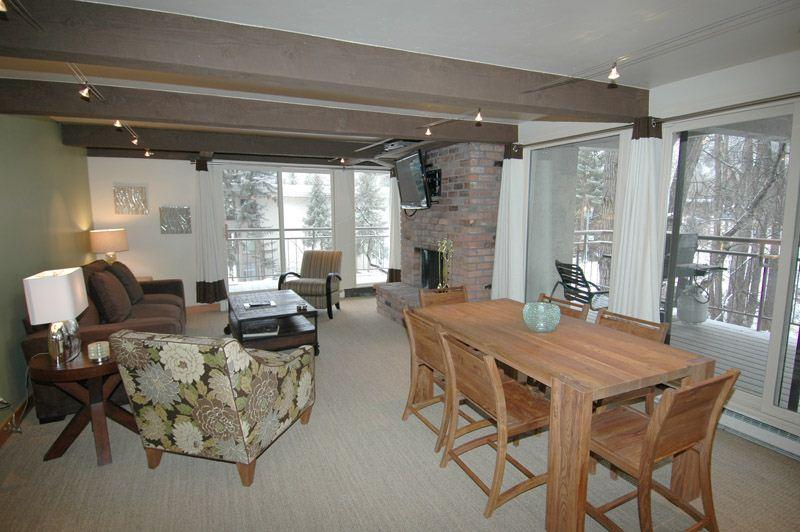Full_living_area.jpg - Chateau Roaring Fork Unit 3 - Aspen - rentals