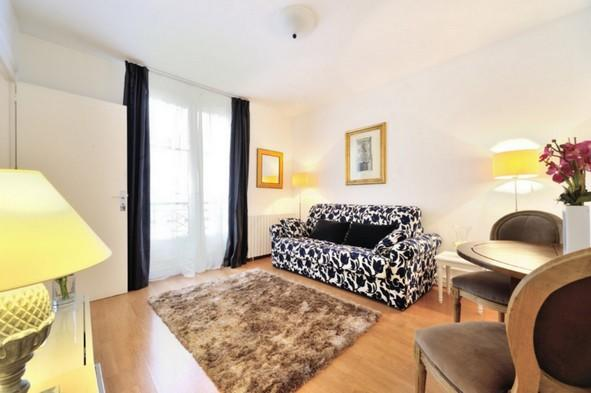 7th arrondissement Chic Rue de Bourgogne  apt #172 - Image 1 - Paris - rentals