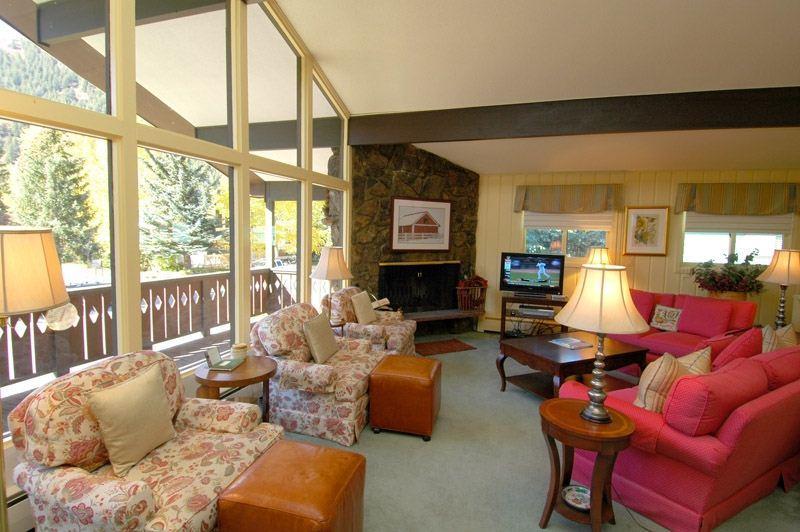 living_area.jpg - Hoguet Residence Upper Level - Aspen - rentals