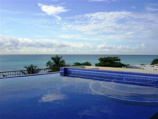 VILLA IZCALLI - roof top infinity pool, WOW! - Image 1 - Playa del Carmen - rentals