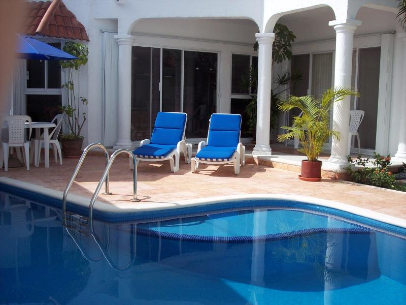 Casa Carlita in Cozumel - Cozumel, private pool, internet, vonage,close twn - Cozumel - rentals