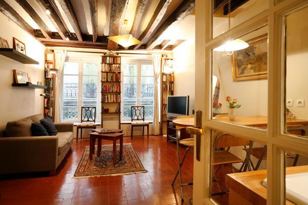 *Inquire for $70 OFF -Notre Dame Pedestrian Street - Image 1 - Paris - rentals