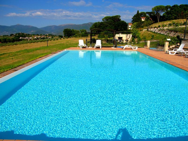 Spoleto By The Pool: APT 6. Central Spoleto 0.7 ml - Image 1 - Spoleto - rentals