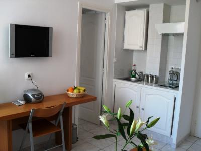 Marceau Athenee, Excellent 1 Bedroom Flat in the Heart of Cannes - Image 1 - Cannes - rentals