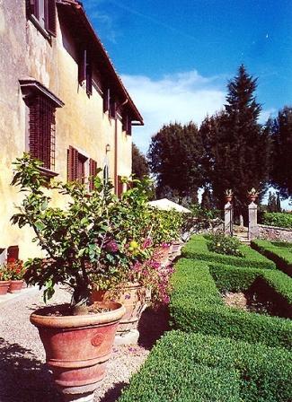 Villa in Villa Alzato | Rent Villas | Classic Vacation - Image 1 - Florence - rentals
