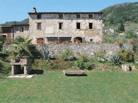 Villa in Giannello | Rent Villas | Classic Vacation - Image 1 - Lucca - rentals