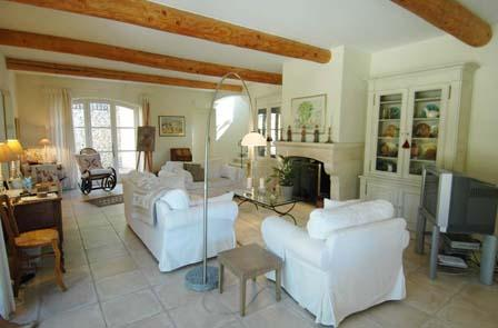 Stunning and Spacious Village House in Luberon - Image 1 - Gordes - rentals