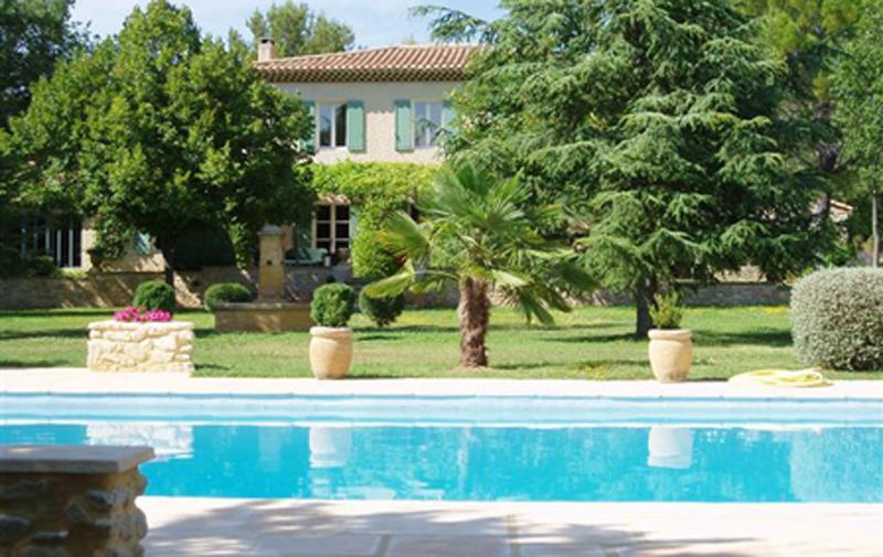 Le Mas du Peintre, Beautiful 6 Bedroom House in Aix en Provence - Image 1 - Aix-en-Provence - rentals