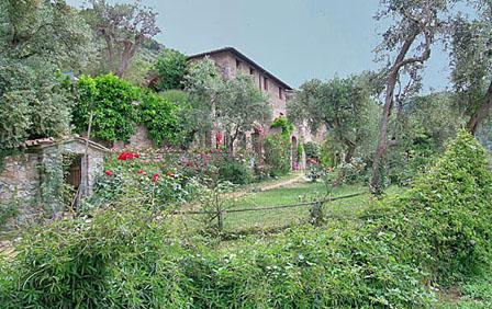 Villas in Madonnina | Rent a Villa with Classic Vacation Rental! - Image 1 - Lucca - rentals