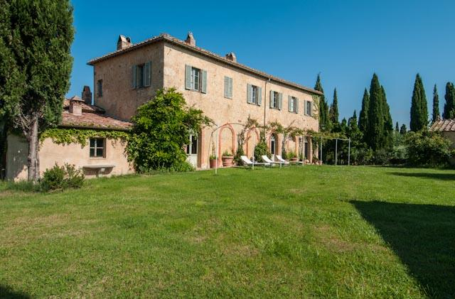 Large Chic Tuscany Villa with Private Guest House and Al Fresco Dining - Villa Brunello with Guest House - Image 1 - Poggio alle Mura - rentals
