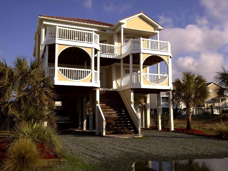 5BR OceanView - game room & bikes!! Walk to town! - Image 1 - Ocean Isle Beach - rentals