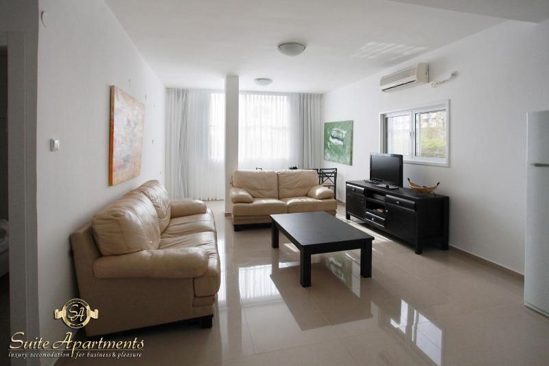 Hayarkon Luxury & Modern 2br Suite - Image 1 - Tel Aviv - rentals