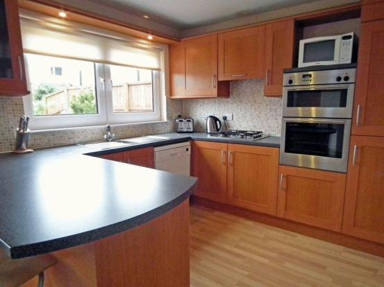 Kitchen - Fully fitted - Motherwell Self Catering - Motherwell - rentals