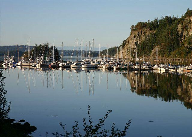 The Cottage is within walking distance of the marina. - Marina View on Orcas Island - Deer Harbor - rentals