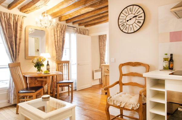 JUL DEAL Bright and Quiet Bastille Apt, Free WiFi - Image 1 - Paris - rentals