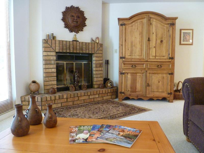B - Living Room Fireplace & Armoire - Bella Diosa Vacation Home, WiFi - Sedona - rentals