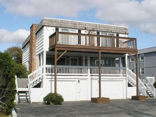 Super House with 8 Bedroom & 4 Bathroom in Dennis Port (Old Wharf Rd 102&104) - Image 1 - Dennis Port - rentals