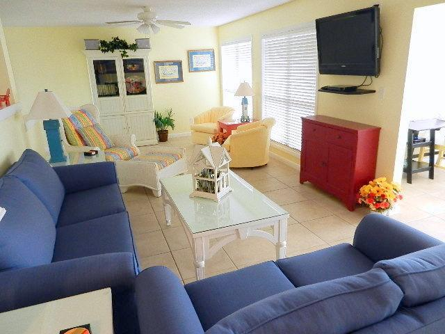 Huge Living Area - Queen Sofa Sleeper - Golf Villa, Private Beach, Wi-Fi, HDTV, Gas BBQ, P - Sandestin - rentals
