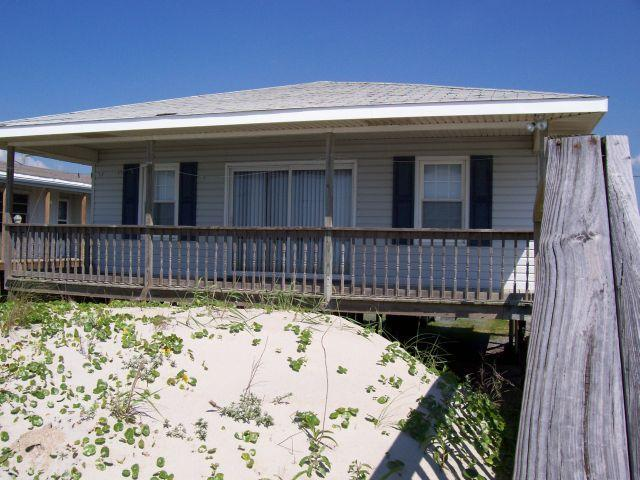Exterior - The Choice - Superb Oceanfront View, Traditional Cottage, Simple & Serene, Perfect Location - Surf City - rentals