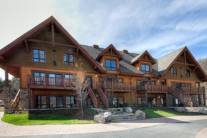 Picturesque House with 2 BR/3 BA in Mont Tremblant (Etoile du matin | 1520-12) - Image 1 - Mont Tremblant - rentals