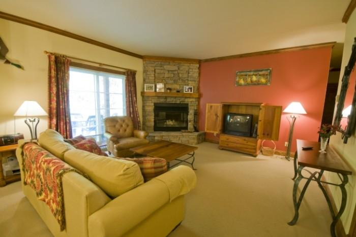 Lovely House in Mont Tremblant (Le Plateau | 202-1B) - Image 1 - Mont Tremblant - rentals