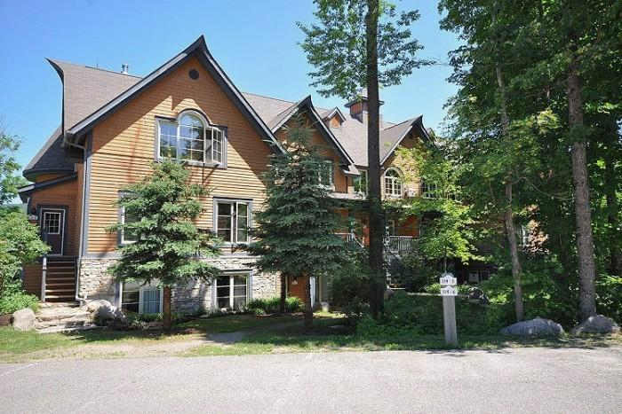 Nice 2 BR-2 BA House in Mont Tremblant (Les Manoirs | 114-8) - Image 1 - Mont Tremblant - rentals