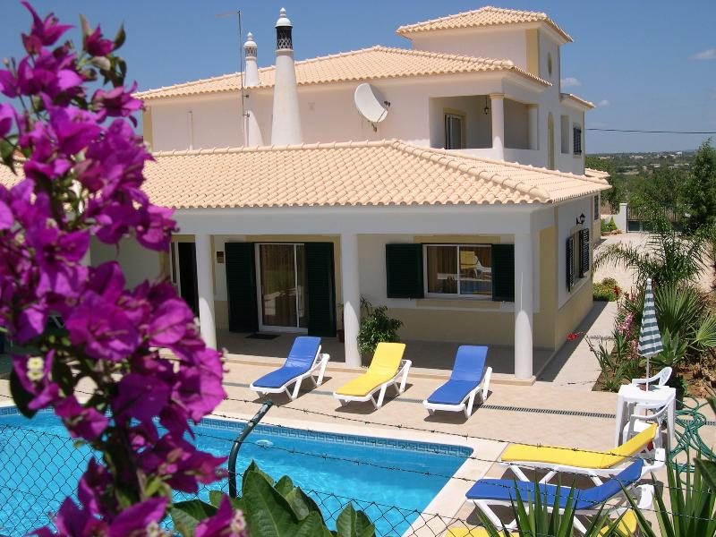 Villa Eber - Air conditioned 1 and 2 bedroom villa apartments - Albufeira - rentals
