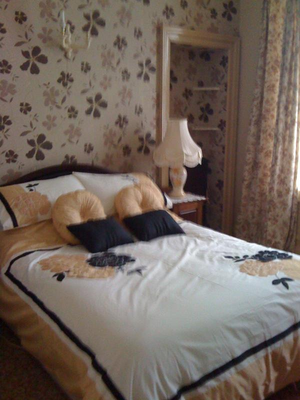 Duncorann House - another lovely bedroom in this period holiday home - 4* Visit Scotland & 4* AA 3 Bedroom Home in Wick - Wick - rentals