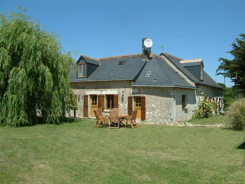 Welcome to Le Bois - Luxury gite for 6 people - A luxury holiday Gite;Loire Valley France sleeps 6 - Meigne-le-Vicomte - rentals