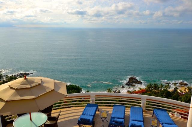 Spectacular 8 Bdrm. Villa Azul in Puerto Vallarta - Image 1 - Puerto Vallarta - rentals