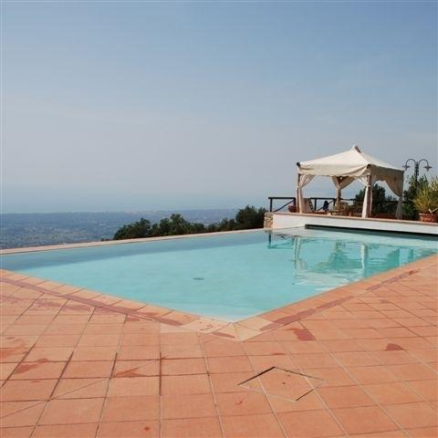 Casa Cappezano Holiday villa Tuscan coast - Rent this holiday villa on the Tuscan coast - Image 1 - Valdicastello Carducci - rentals