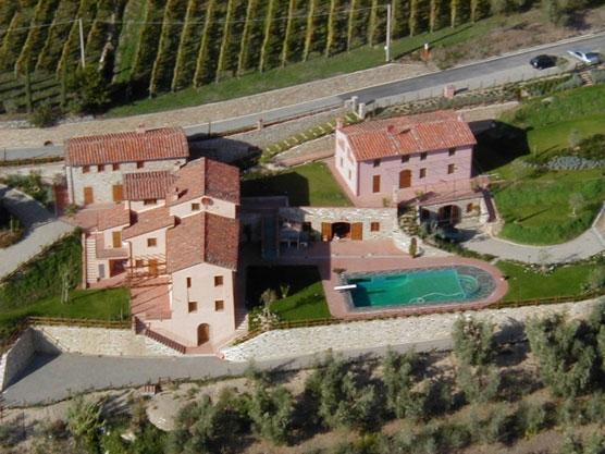 Pieve Hamlet Large Villas  rentals in Lucca - rent villas in Lucca - Image 1 - Lucca - rentals