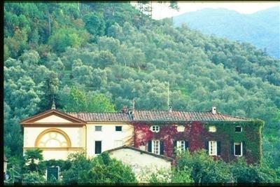 Villa Lorenzo Estate villa rental Vorno lucca tuscany italy - Image 1 - Vorno - rentals